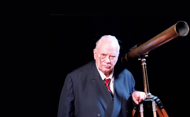 Sir Patrick Moore and the Cult of the Amateur - The Dabbler
