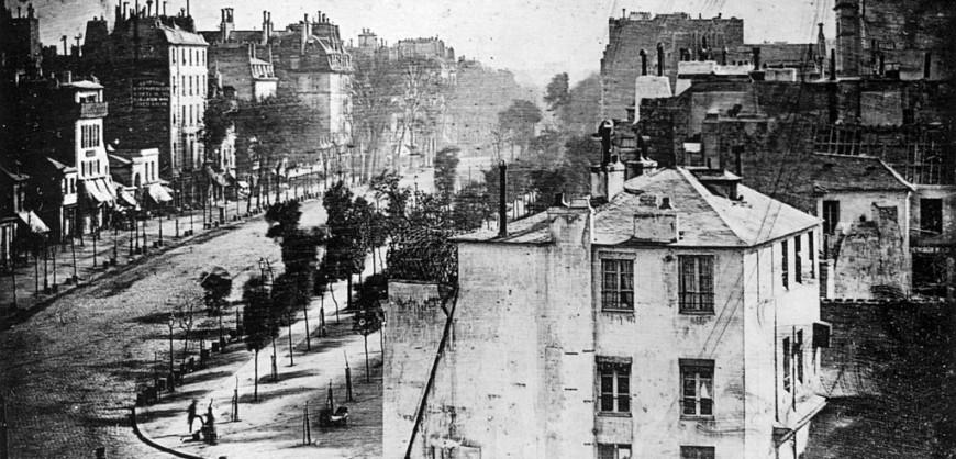 1024px-Boulevard_du_Temple_by_Daguerre
